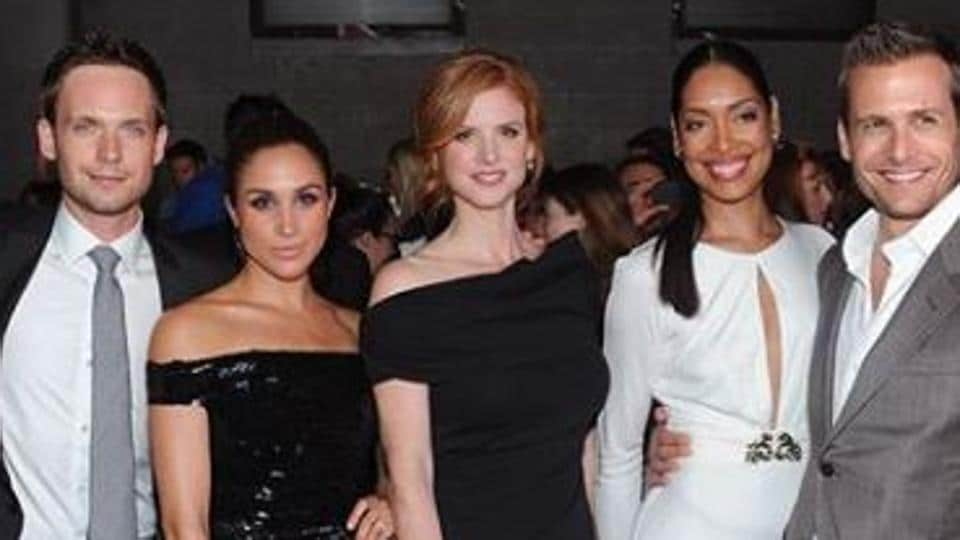 Suits Cast In London To Attend Meghan Markle Prince Harry S Royal
