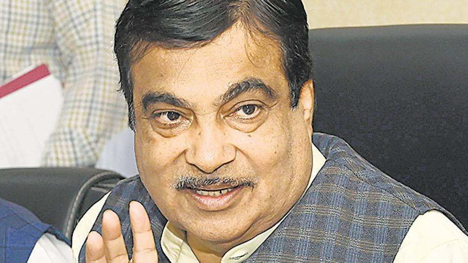Nitin Gadkari,Union road transport and highways minister,Road accidents