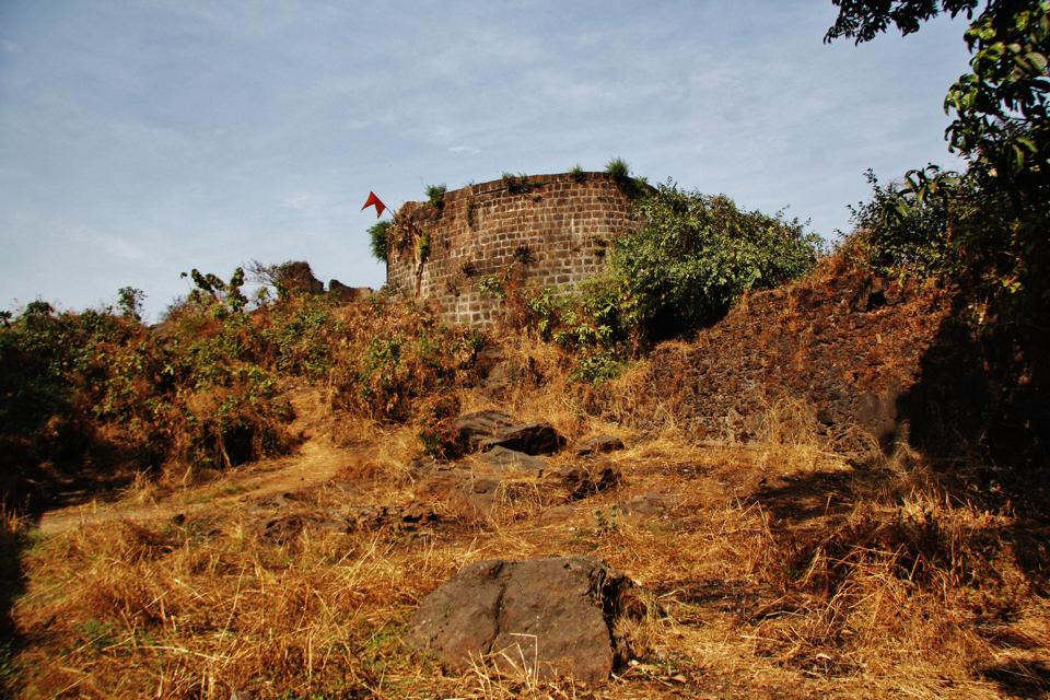 The Ghodbunder fort in Thane was originally built by the Portuguese and completed in 1730. Later, the fort was conquered and occupied by the Marathas. In 1818, the British East India Company started using it as its district headquarters. The fort is now in desperate need of maintenance and conservation.  (PRAFUL GANGURDE/HT PHOTO)