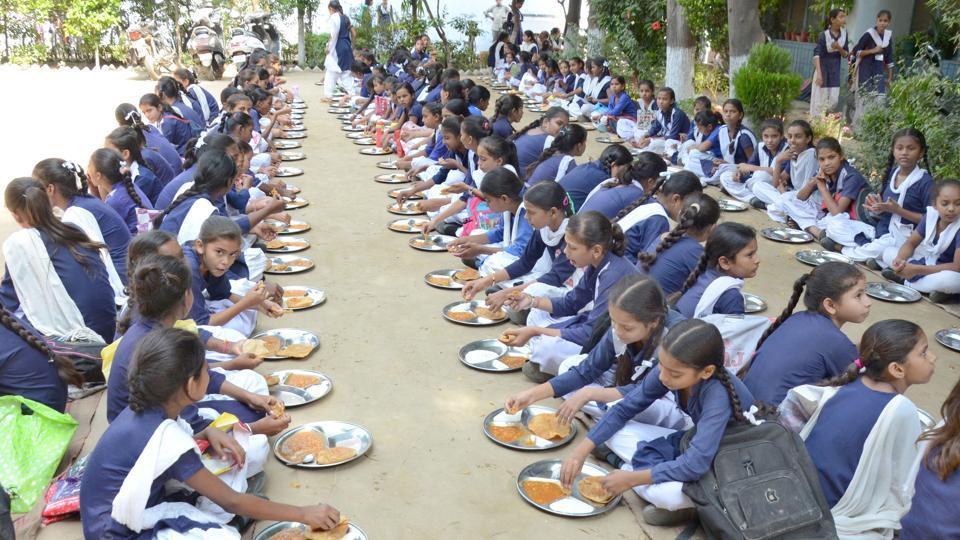 Mid Day Meal,Jharkhand,Jharkhand school children