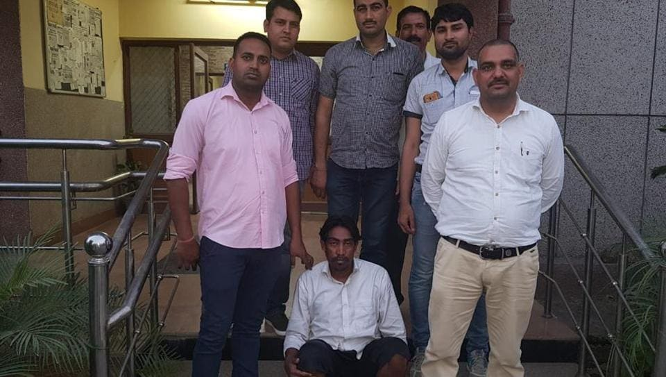 Delhi murder,Delhi murder domestic help,Girl's body chopped