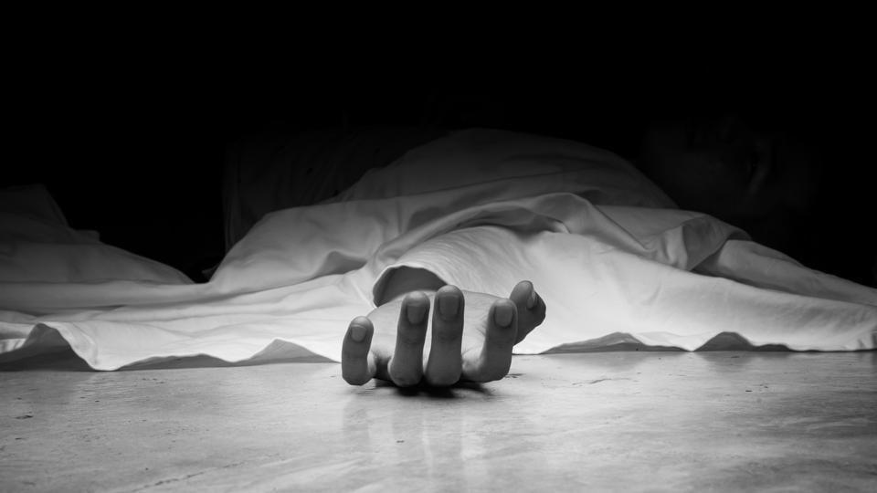 Jabalpur accident,Car runs over people,labourers killed