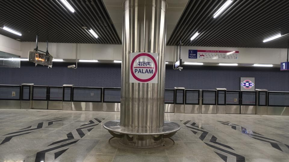 The platform of the newly constructed Palam Metro station on the Magenta Line in New Delhi. The 25.6-km Metro corridor will be formally flagged off by Union Minister for housing and urban affairs Hardeep Singh Puri and Delhi chief minister Arvind Kejriwal on May 28 at 4.30pm from the Nehru Enclave Metro station.