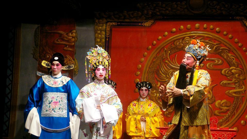 A Cantonese opera at the Cheung Chau Bun festival.