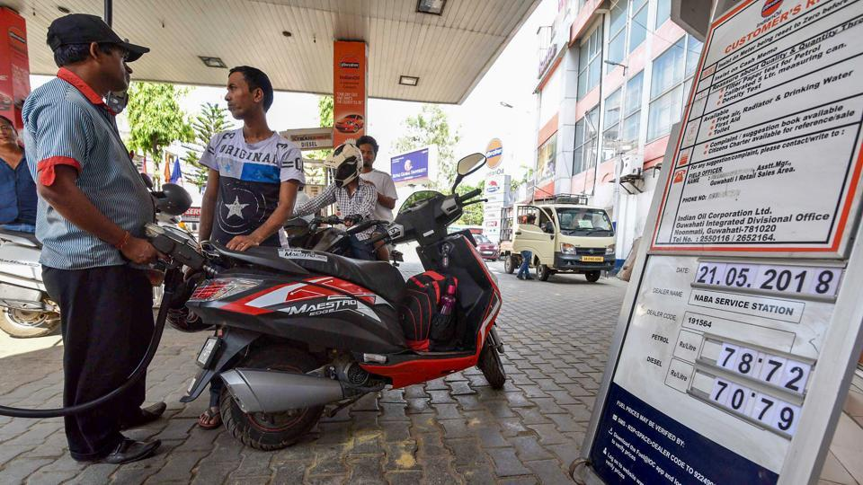 Across the four metropolitan cities, petrol prices rose around 30 paise on Tuesday. In Delhi and Mumbai, the fuel was sold at Rs 76.87 and Rs 84.70 per litre respectively, up from Rs 76.57 and Rs 84.40 on Monday. After reaching unprecedented highs in Delhi and Mumbai, petrol prices touched a record high in Chennai, at Rs 79.79 per litre. (PTI)