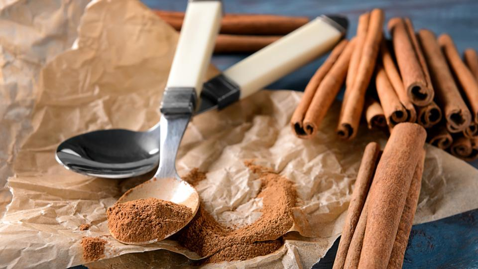 Health benefits of cinnamon: Mix honey and cinnamon to heal acne scars and revitalise your skin.