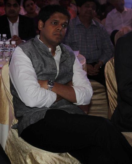 Maharashtra,NCP MLC Niranjan Davkhare,NCP