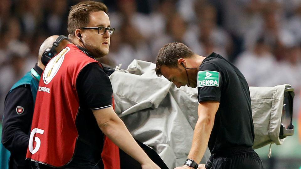 Football,Video Assistant Referee,VAR