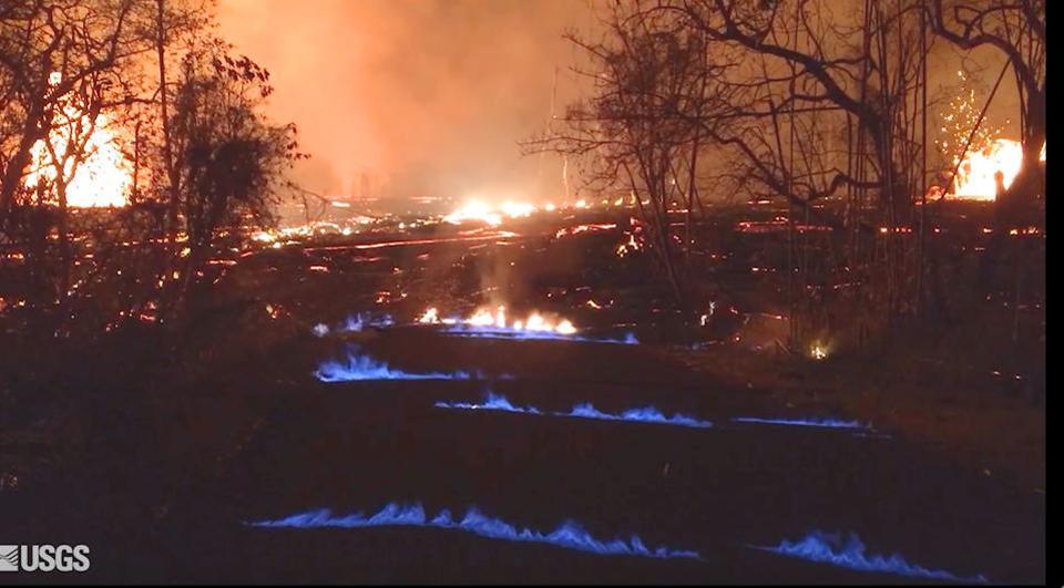 Hawaii,volcano,methane flame