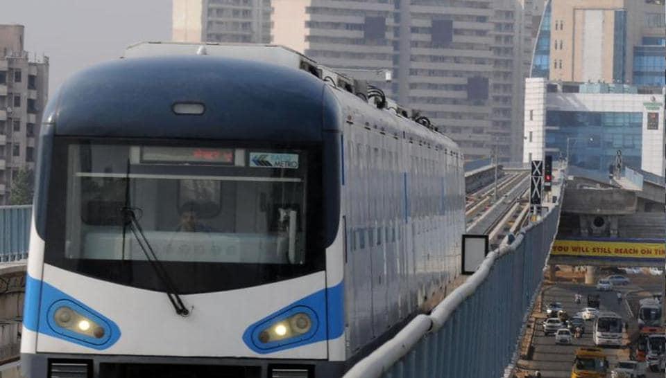 Gurgaon,Metro,Gurgaon rapid metro