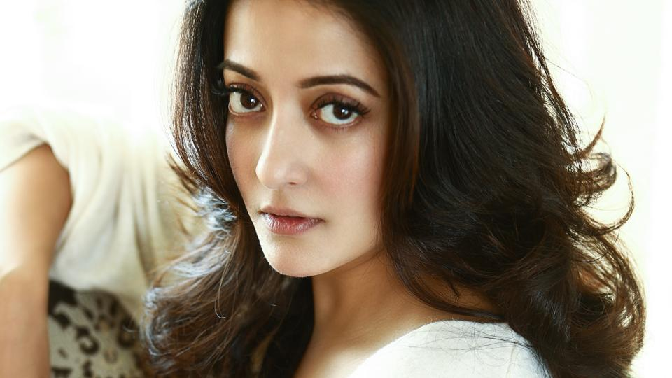 "Actor Raima Sen considers herself ""lucky"" to have worked with great directors in Bengali and Hindi cinema."