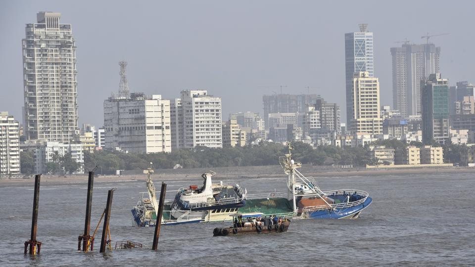 Mumbai,Ark Deck Bar,floatel