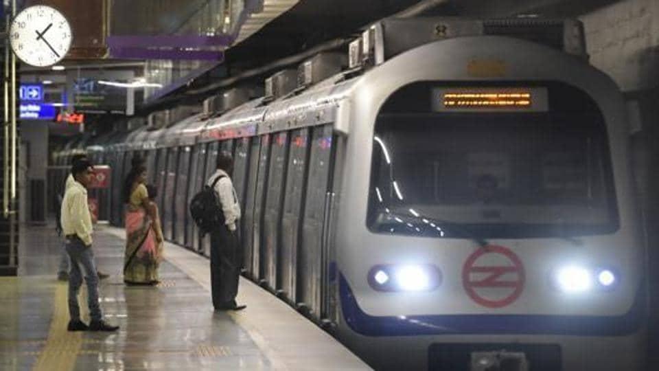 Delhi metro,Saket metro station,Malviya Nagar metro station