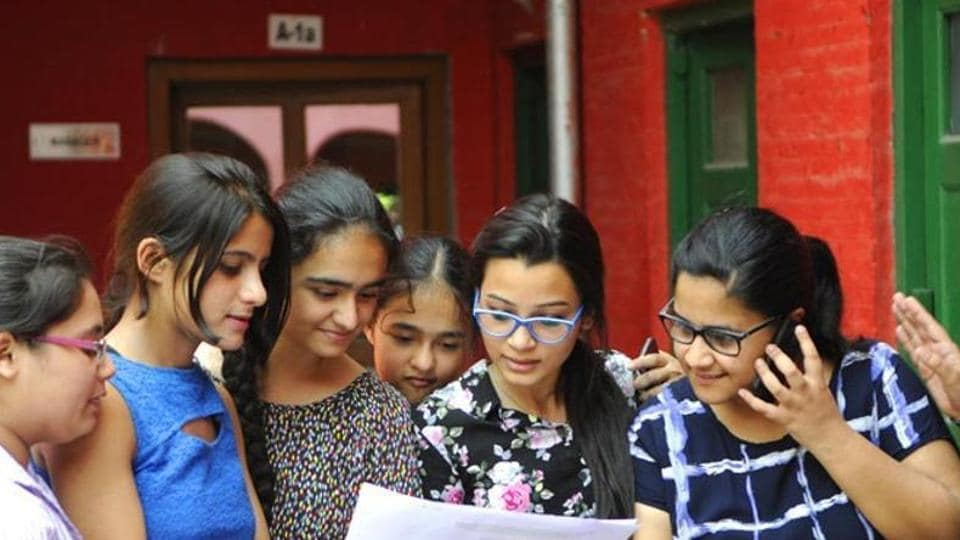 CBSE Class 10 result 2018: The total number of candidates who have secured more than 90% and above is 1,31,493. And 27,476 students have secured more than 95%.