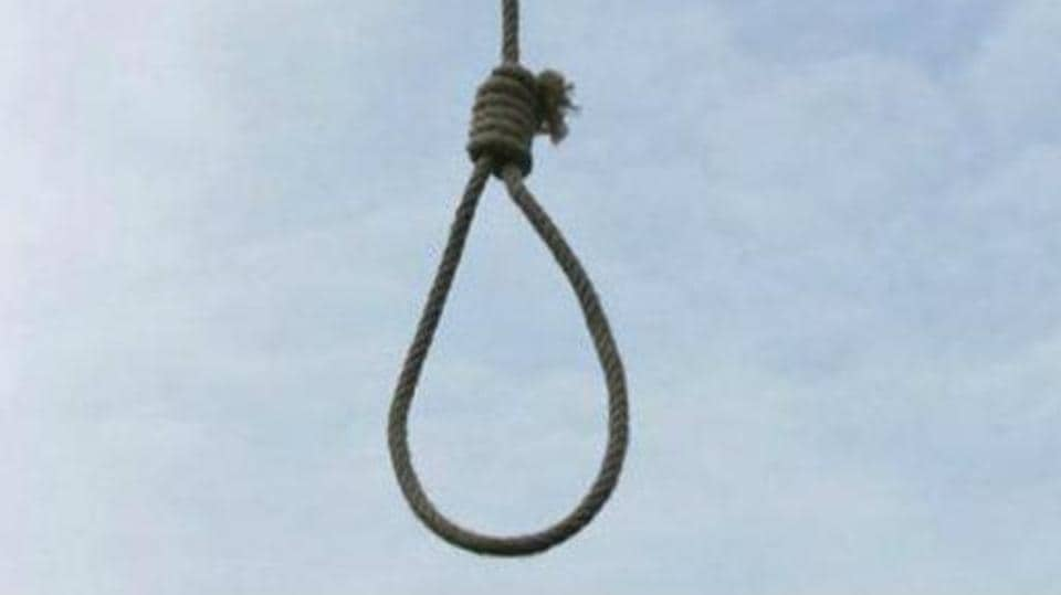 Pune,woman corporator booked,man commits suicide