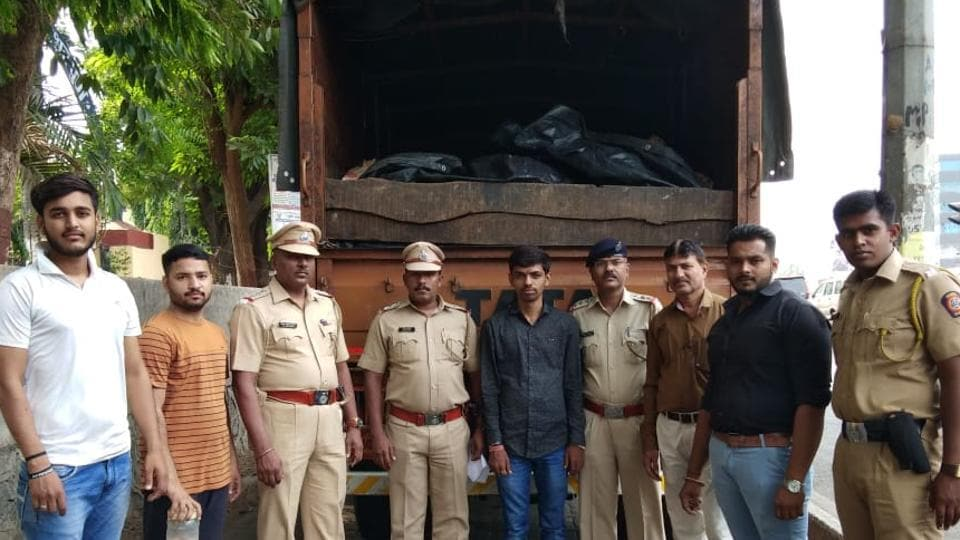 The two arrested men told the police that they were taking the meat to a man in Navi Mumbai.