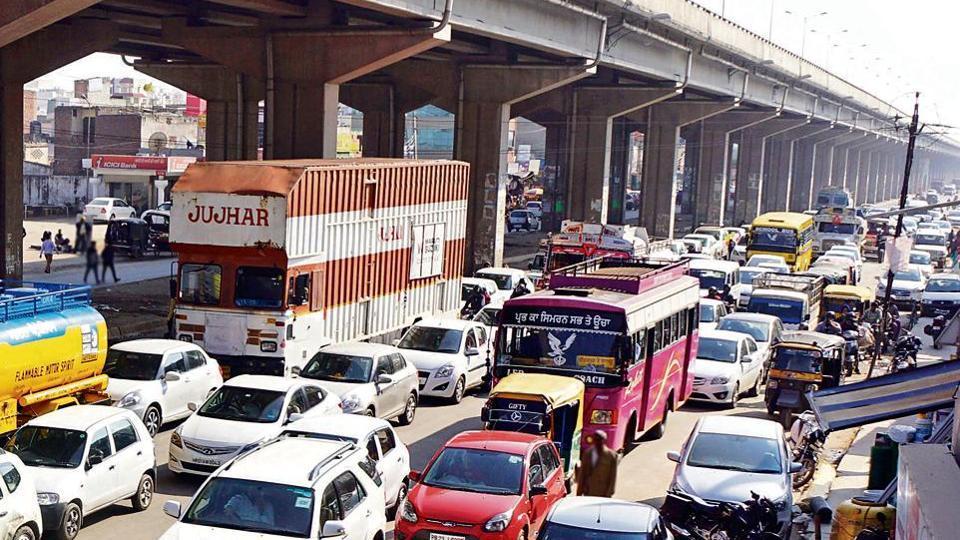 Traffic choke points,commuting chaos,ring road