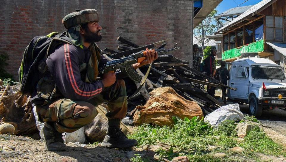 Pulwama,Grenade attack,Tral