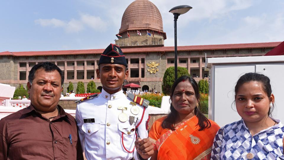 Gold medalist cadet Akshat Raj with his family members after passing out parade of 134th course of spring term 2018 at National Defence Academy (NDA) in Pune. (Pratham Gokhale/HT Photo)