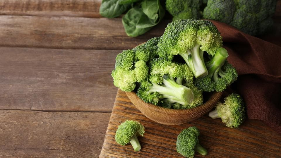 Broccoli coated with good bacteria may help astronauts grow their own vegetables.