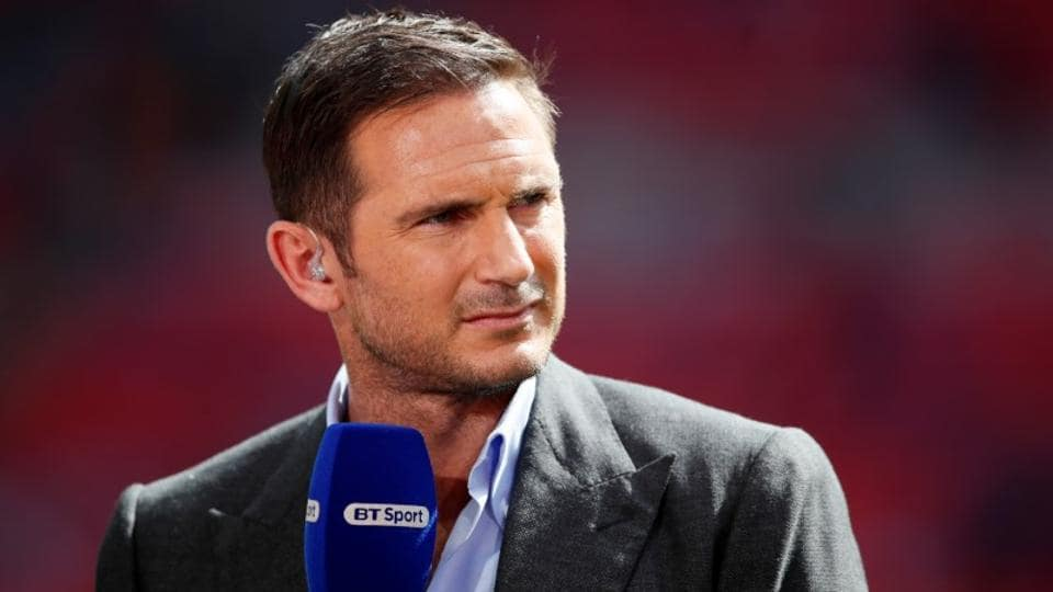 Former Chelsea midfielder Frank Lampard has signed a three-year contract as manager of second division side Derby.