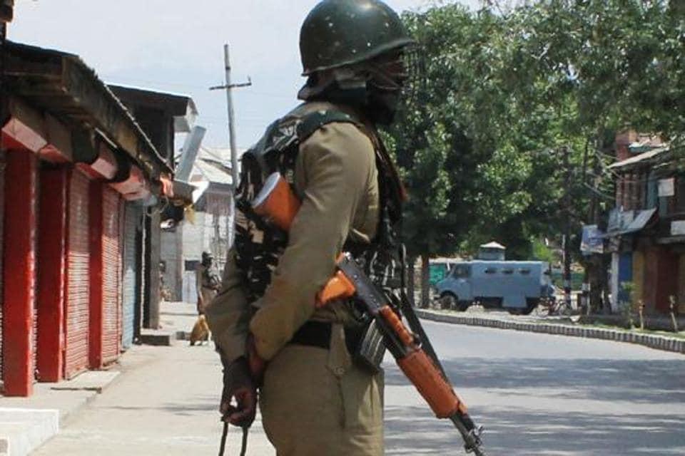 alert in kashmir,jammu and kashmir,kashmir militancy