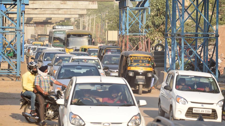 Traffic choke points,Traffic,Stuck in the slow lane