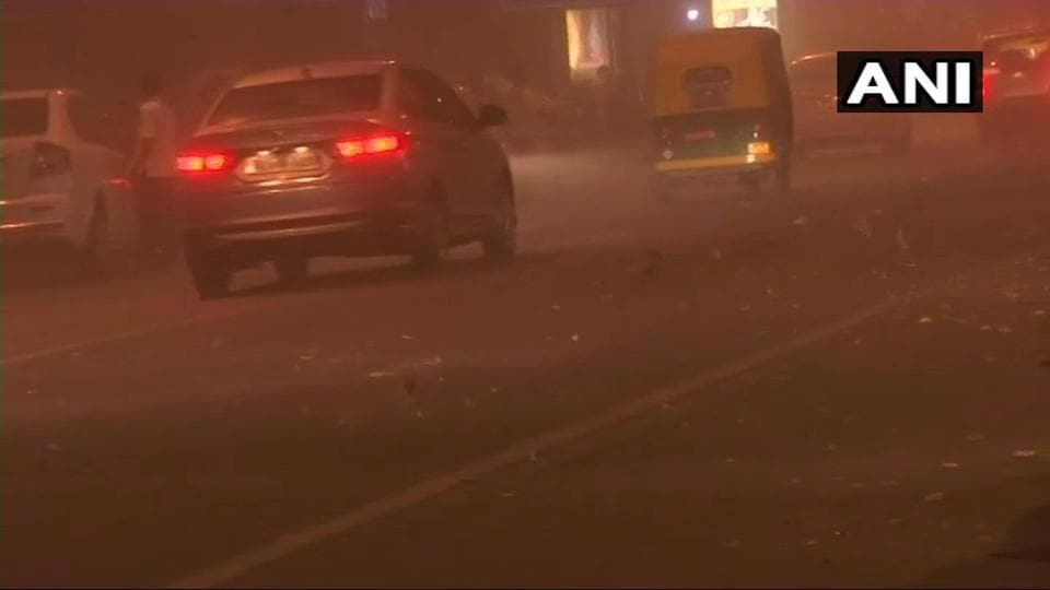 Dust storm hits parts of Delhi in the evening giving respite to Delhiites from sweltering heat.