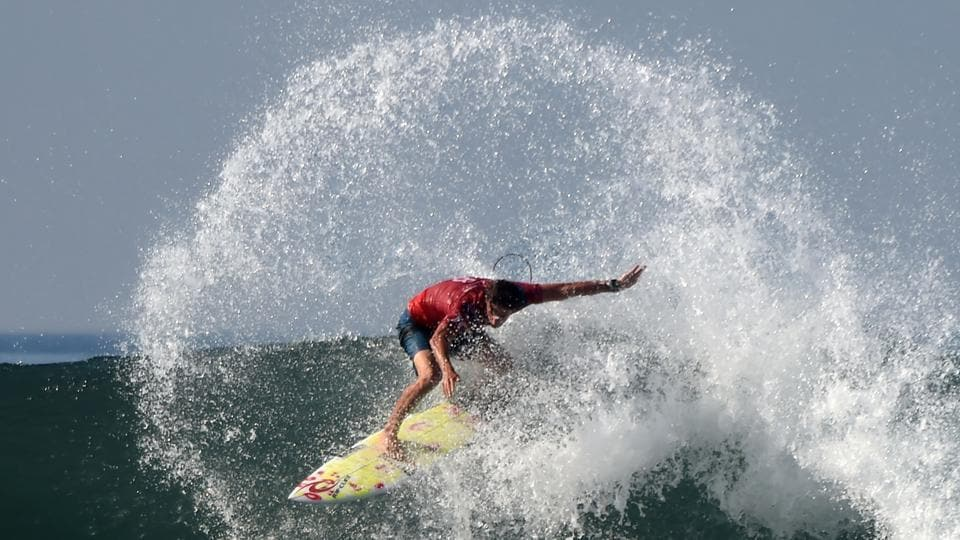 Australia's Matt Wilkinson rides a wave during the 2018 World Surf League Men's Championship Tour at Keramas in Gianyar regency on Indonesia's resort island of Bali on May 31, 2018. (Sonny Tumbelaka / AFP)