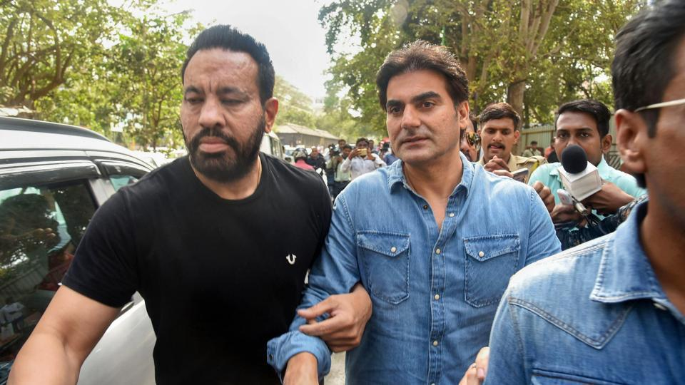 Bollywood actor Arbaaz Khan arrives to appear before the anti-extortion cell in Thane, Mumbai on Saturday, June 02, 2018, in connection with betting in IPL tournament.