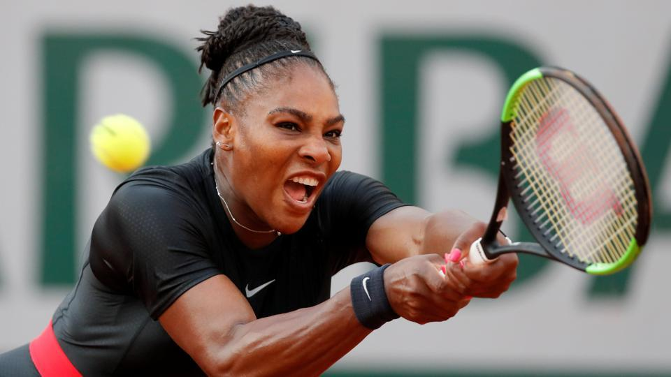 Serena Williams pulled out of her French Open match against Maria Sharapova on Monday.