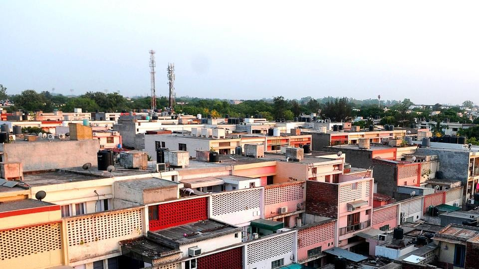 Developed in the 1970s in the second phase of Chandigarh's development, Sector 37 has small, clustered multi-layered houses.