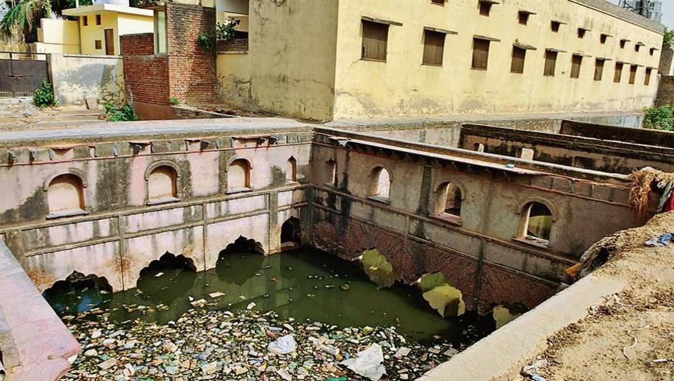 Gurugram,Badshahpur baoli,Gurgaon