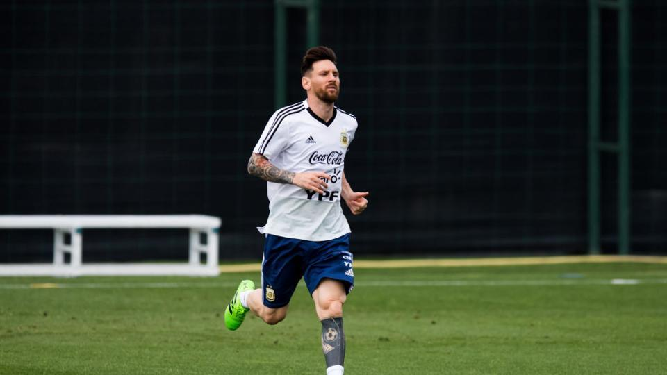 Lionel Messi of Argentina takes part in a training session as part of the team preparation for FIFA World Cup Russia 2018 at FC Barcelona 'Joan Gamper' sports centre. (Getty Images)