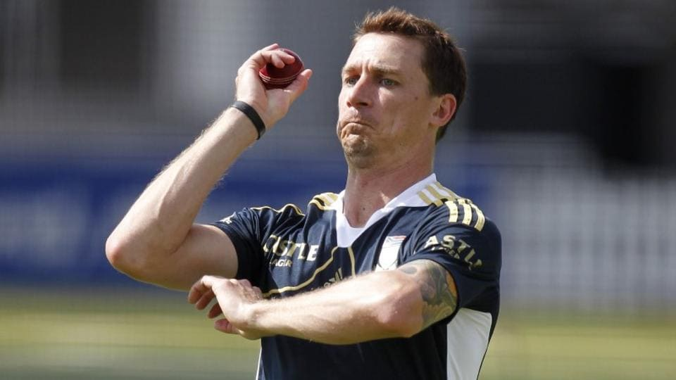 Dale Steyn's first game after he was sidelined with a heel injury during a Test against India earlier in January did not go well.