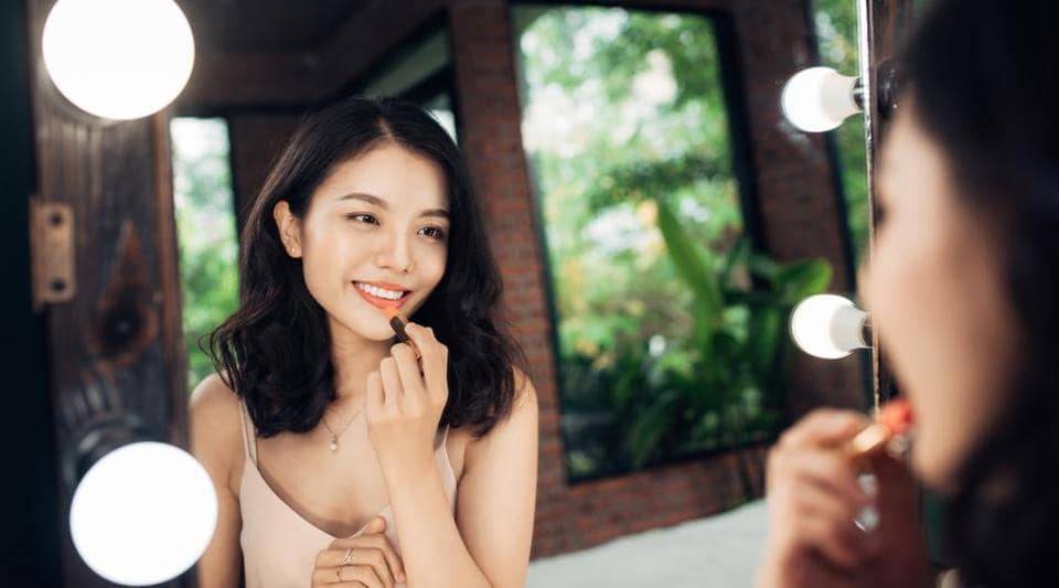 How to Choose the Right Nude Lipstick pictures