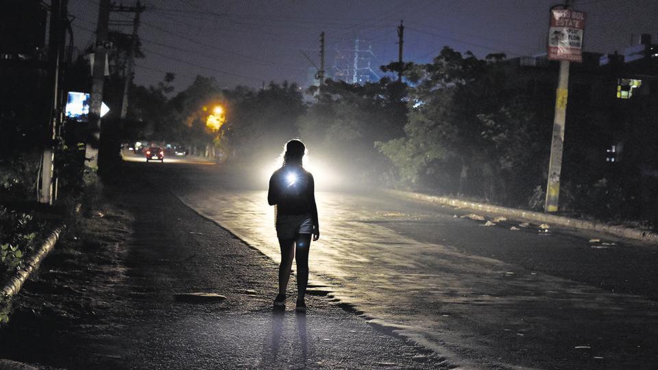 Gurugram streets,Streetlights,Dark streets