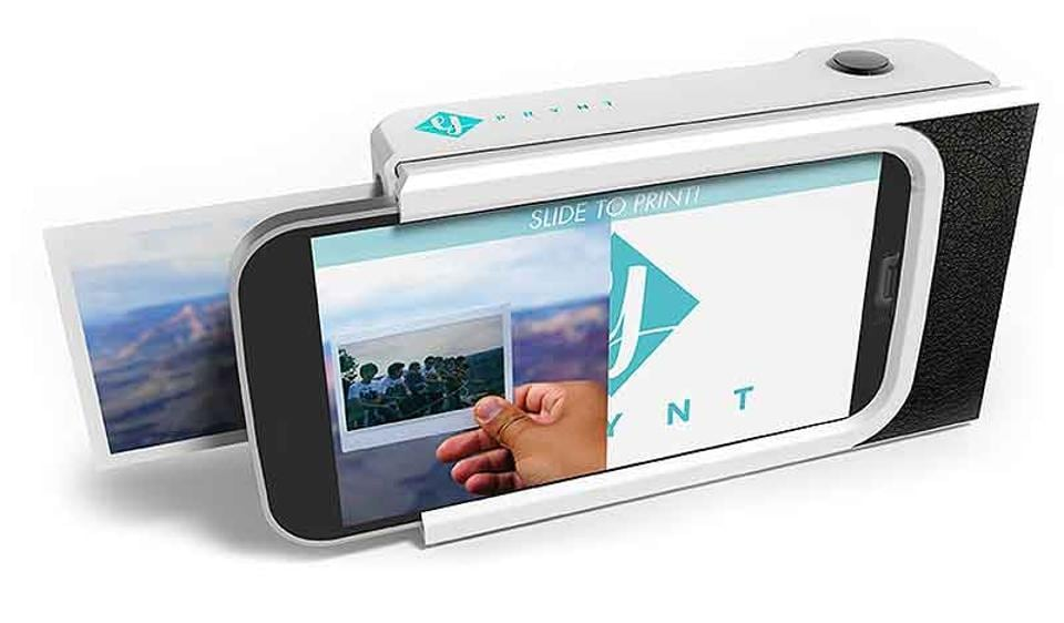 French start-up Prynt recently presented its smartphone case, which includes a built-in printer.