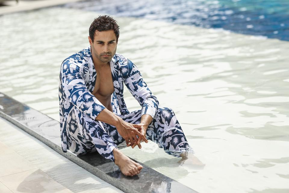 Model Karan Oberoi in Shivan & Narresh creation.