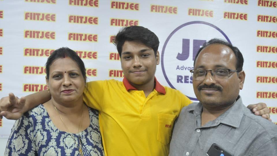 IIT-JEE Advanced,Utkarsh Gupta,Lucknow