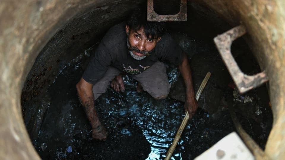 manual scavengers,Niti Aayog,Manual Scavengers and their Rehabilitation Act