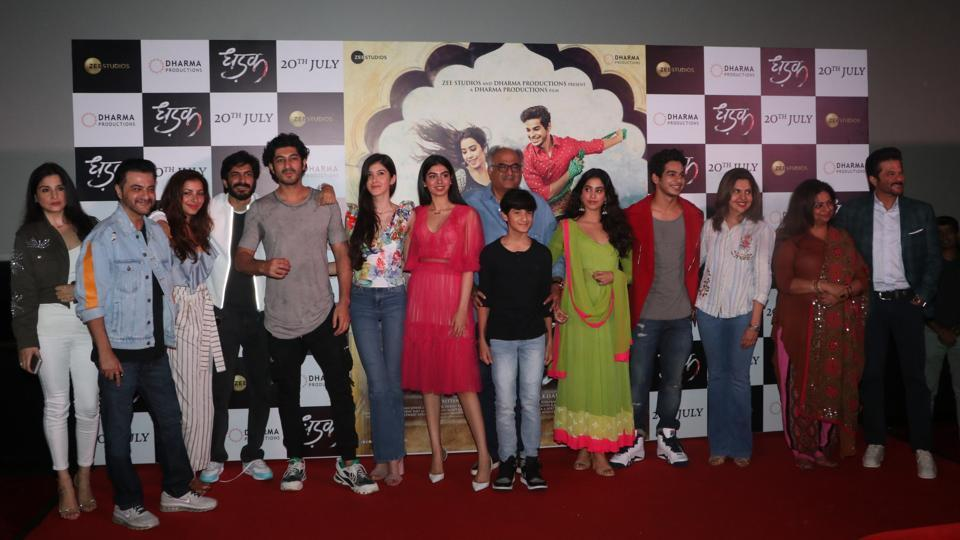 Janhvi Kapoor's family came out in full support of the debutante. Seen here are Sanjay Kapoor (second from left), Harshvardhan Kapoor (fourth from left), Khushi  Kapoor( seventh from left) and Anil Kapoor (right). (Viral Bhayani)