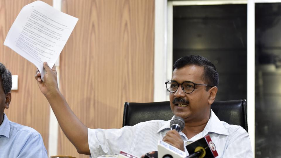"Delhi Chief Minister Arvind Kejriwal on Monday urged Prime Minister Narendra Modi to do positive politics as people do not appreciate negative politics. ""The CBI is calling and abusing our officials. They are called for questioning and were being made to sit for hours,"" Kejriwal said. (Mohd Zakir / HT Photo)"