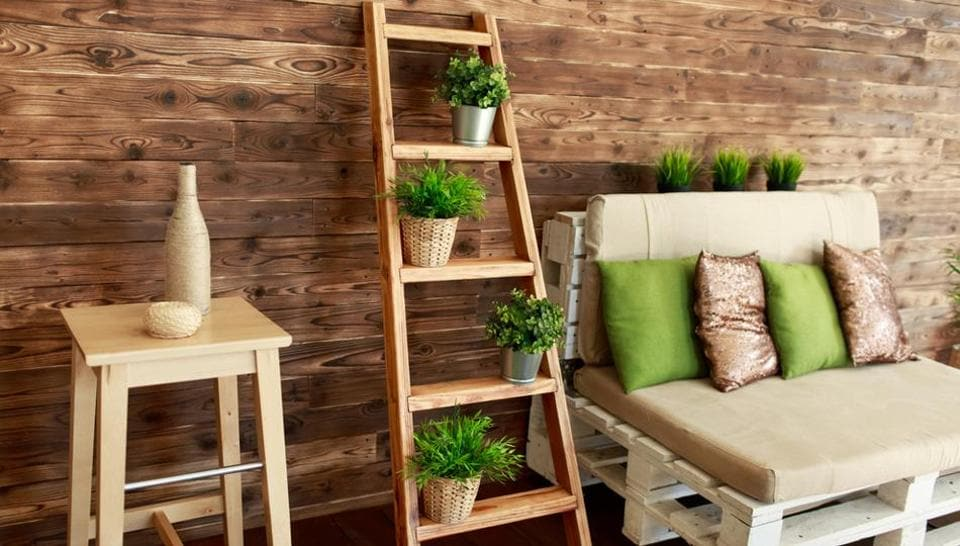 An increasing number of interior designers are suggesting going for wooden decor to give your home a pleasant look, be it wall shelves or curtain rods.