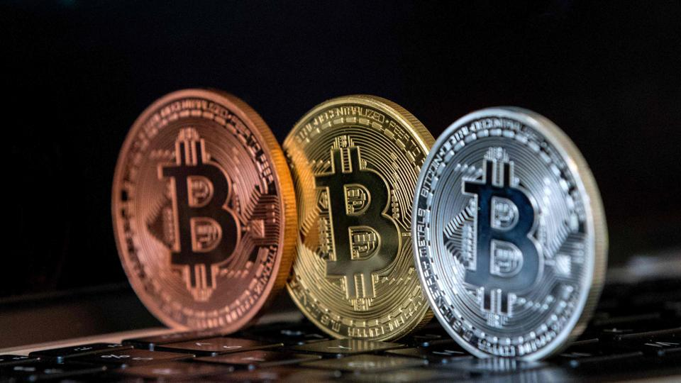 Apple,Apple Cryptocurrencies,Apple Bans Cryptocurrencies