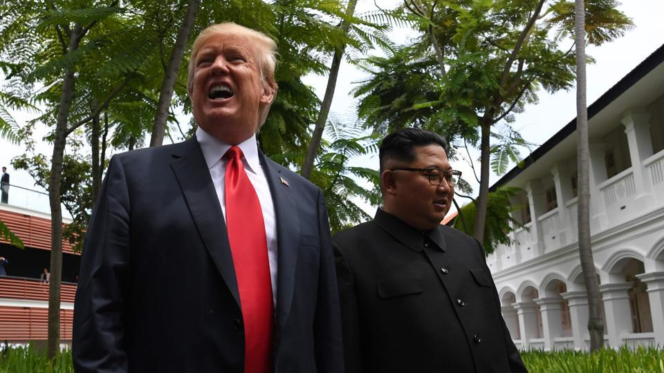 Kim Trump handshake,Donald Trump,Kim Jong Un