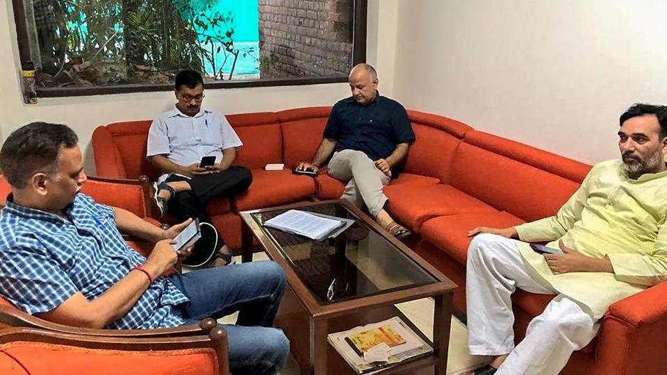 Delhi Chief Minister Arvind Kejriwal, Deputy CM Manish Sisodia, Aam Aadmi Party (AAP) leaders Satyendra Kumar Jain and Gopal Rai during a sit-in protest at Lieutenant Governor Anil Baijal's residence, in New Delhi on Monday, June 11, 2018.