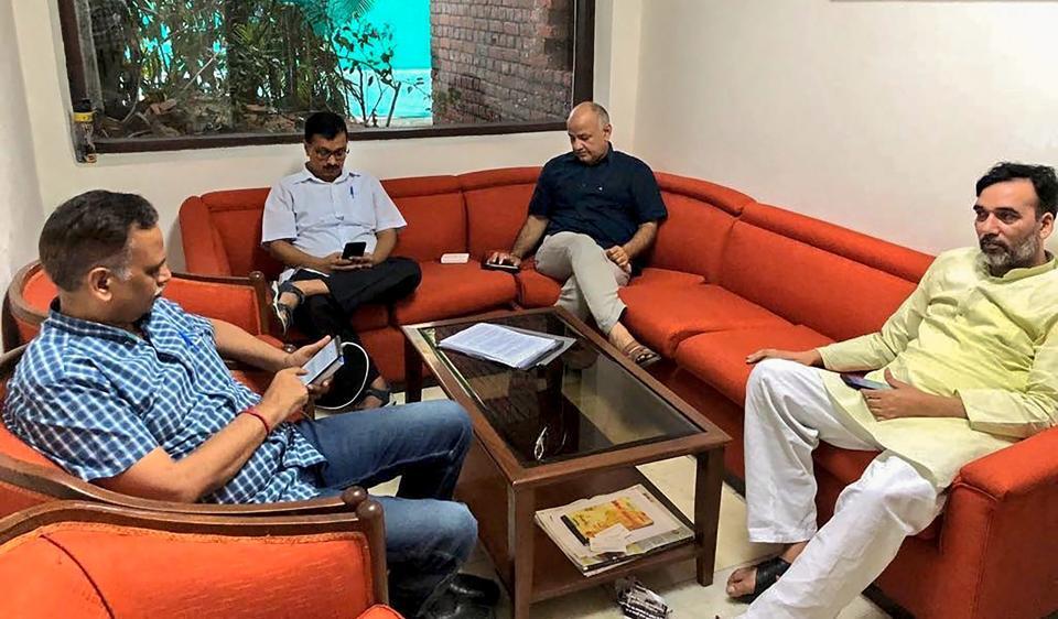 Kajriwal,Manish Sisodia,Governor