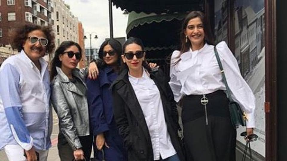 All the Kapoor girls—Kareena, Karisma, Sonam and Rhea—in a single frame.