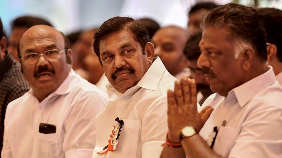Tamil Nadu chief minister Edappadi K Palaniswami with his deputy chief minister O Paneerselvam and others during the AIADMK's day-long fast on the Cauvery issue in Chennai